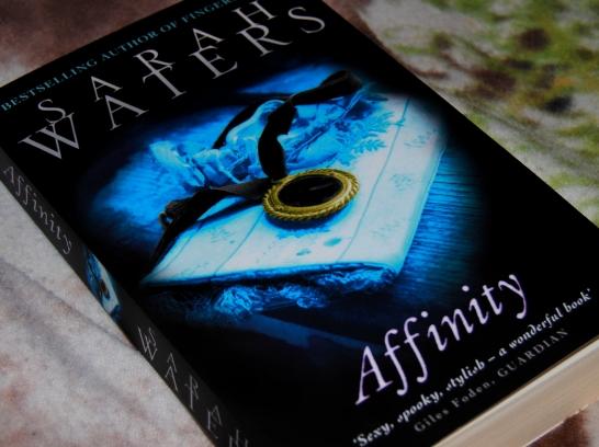 Affinity: Kuslig och grym