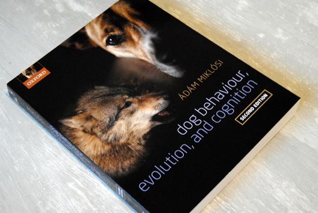 Omslagsbild Dog Behaviour, Evolution, and Cognition