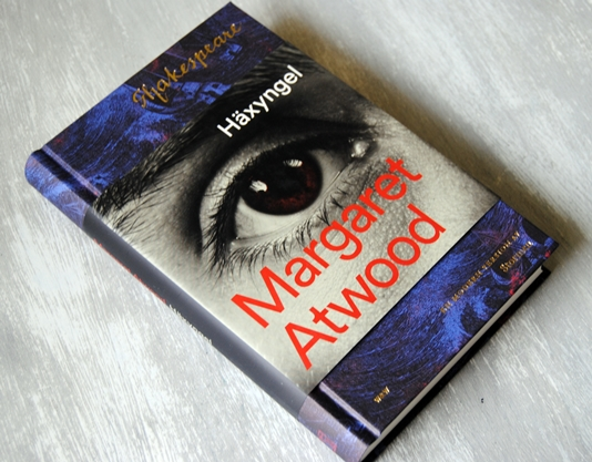 Omslagsbild Häxyngel av Margaret Atwood