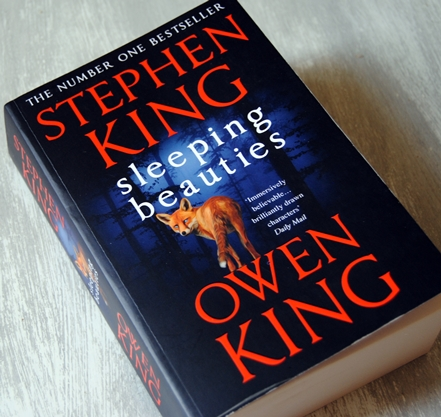 Omslagsbild Sleeping Beauties av Stephen King och Owen King