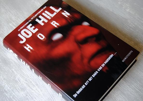 Omslagsbild Horn av Joe Hill