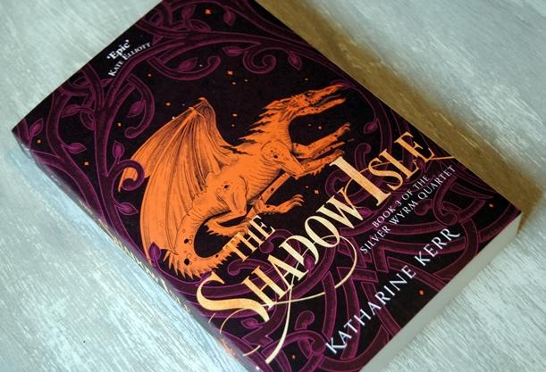 Omslagsbild The Shadow Isle av Katharine Kerr