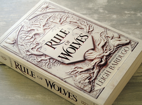Omslagsbild Rule of Wolves av Leigh Bardugo