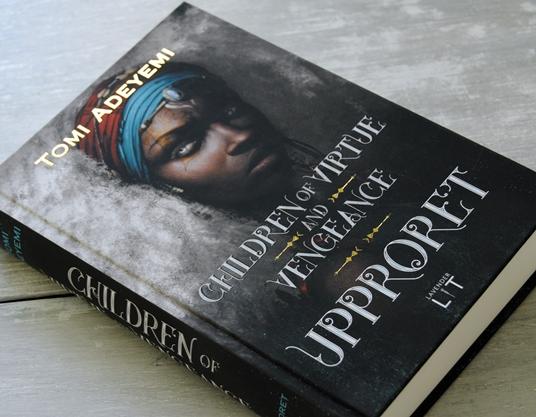 Omslagsbild Children of Virtue and Vengeance: Upproret av Tomi Adeyemi