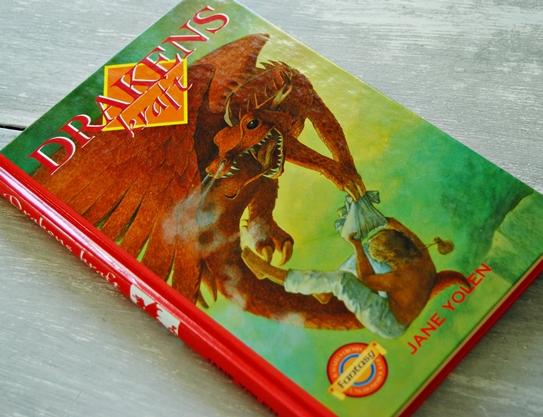 Omslagsbild Drakens kraft av Jane Yolen