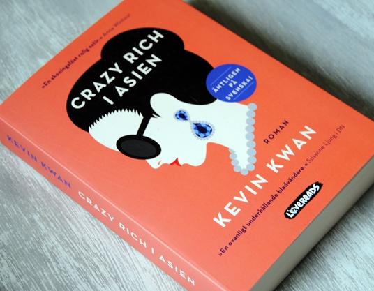Omslagsbild Crazy Rich i Asien av Kevin Kwan